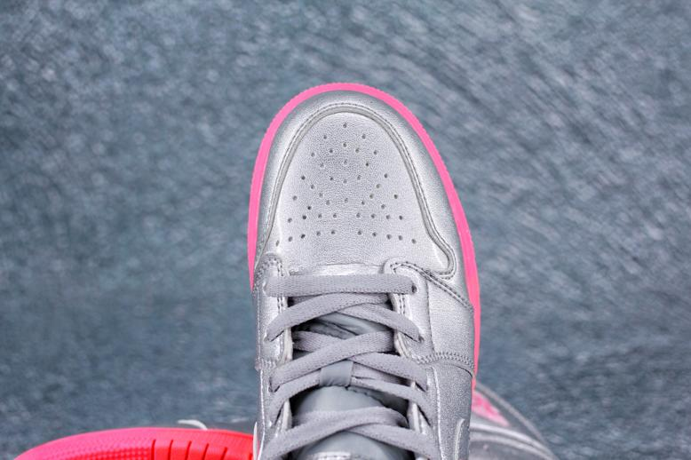 Air Jordan 1 Mid GS Metallic Silver Pink Crimson 3