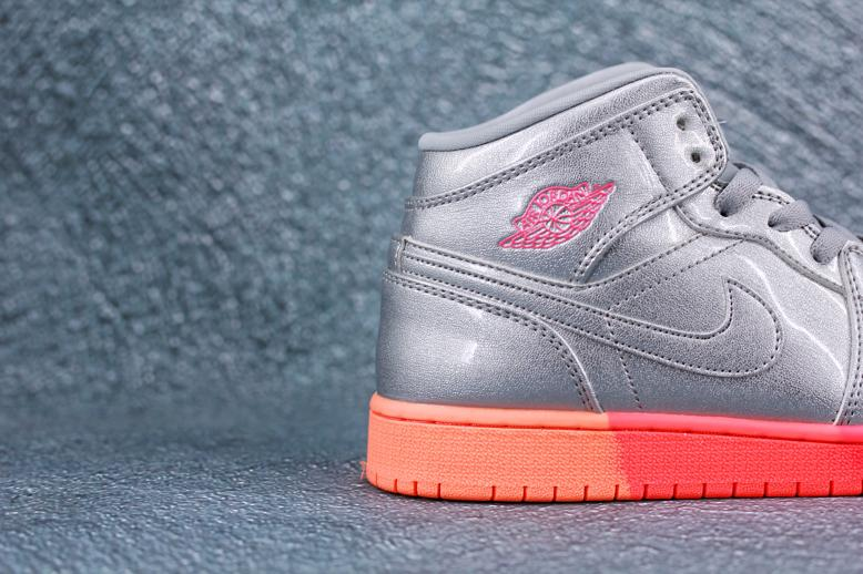 Air Jordan 1 Mid GS Metallic Silver Pink Crimson 6