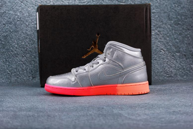 Air Jordan 1 Mid GS Metallic Silver Pink Crimson 8