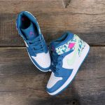 Air Jordan 1 Mid GS Paint Stroke 8