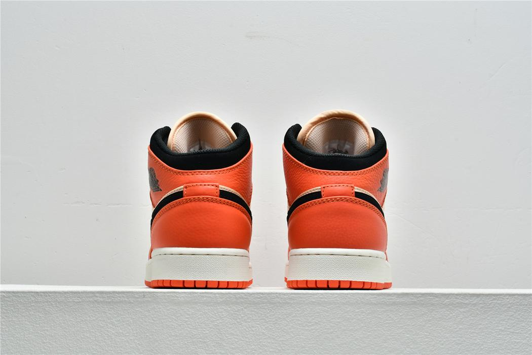 Air Jordan 1 Mid SE GS Team Orange 5