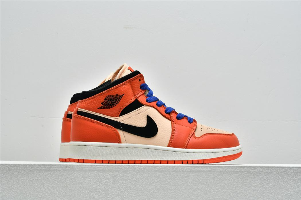 Air Jordan 1 Mid SE GS Team Orange 6