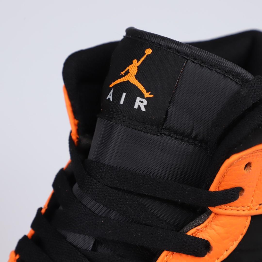 Air Jordan 1 Retro Mid GS Orange Black 3