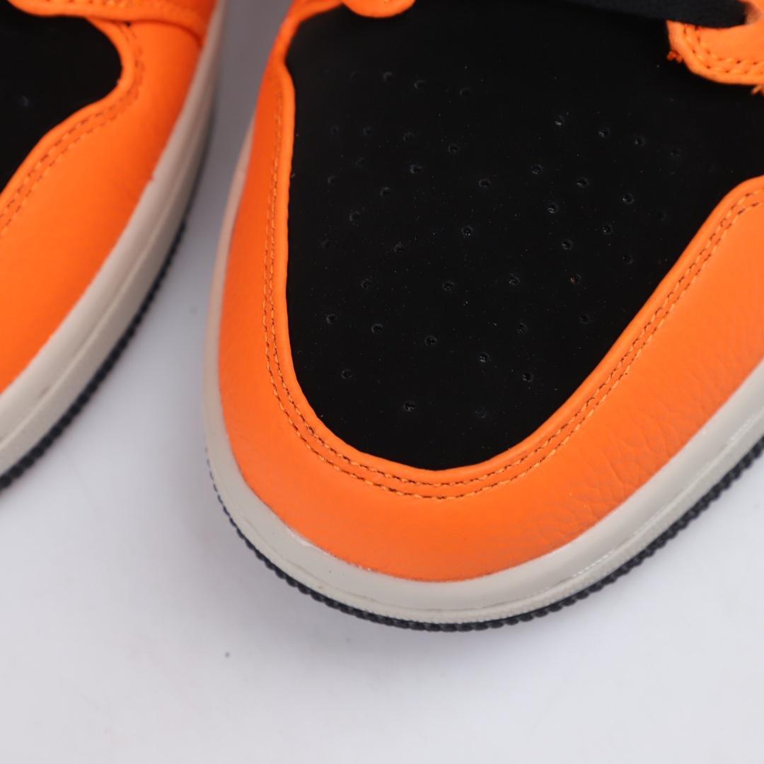 Air Jordan 1 Retro Mid GS Orange Black 4