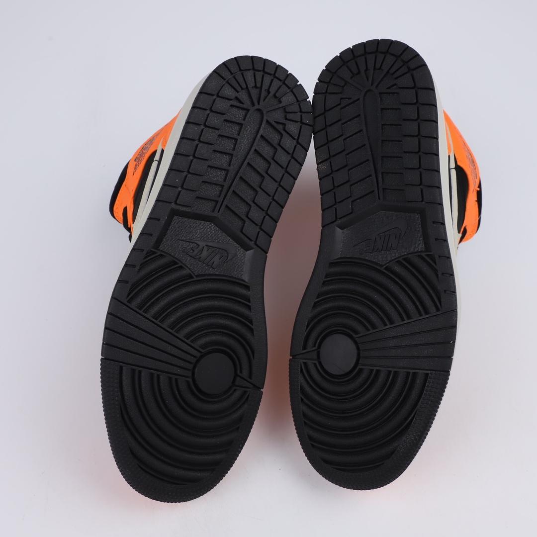 Air Jordan 1 Retro Mid GS Orange Black 6