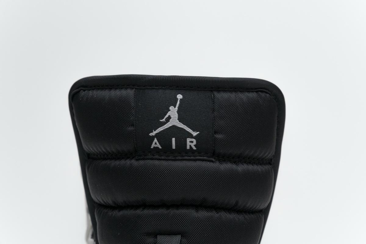 Air Jordan 1 Retro Mid GS White 16