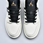 Air Jordan 1 Retro Mid SE Light Bone 7