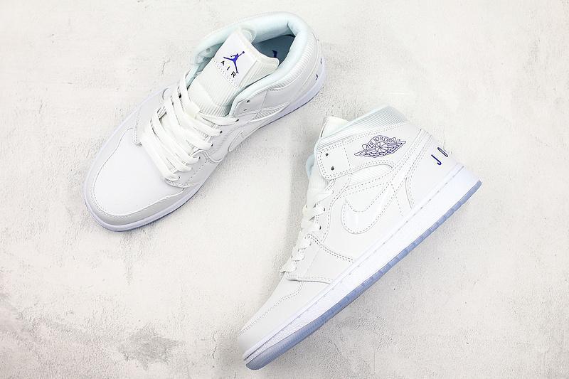 Air Jordan 1 Retro Mid White Concord 8