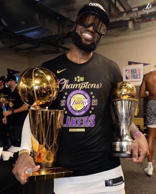 2020 Los Angeles Lakers NBA Champions Locker Room T Shirt 4
