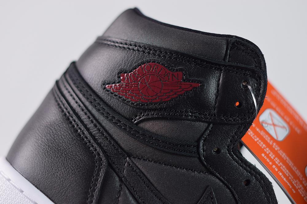 Air Jordan 1 Retro High OG Black Gym Red 3