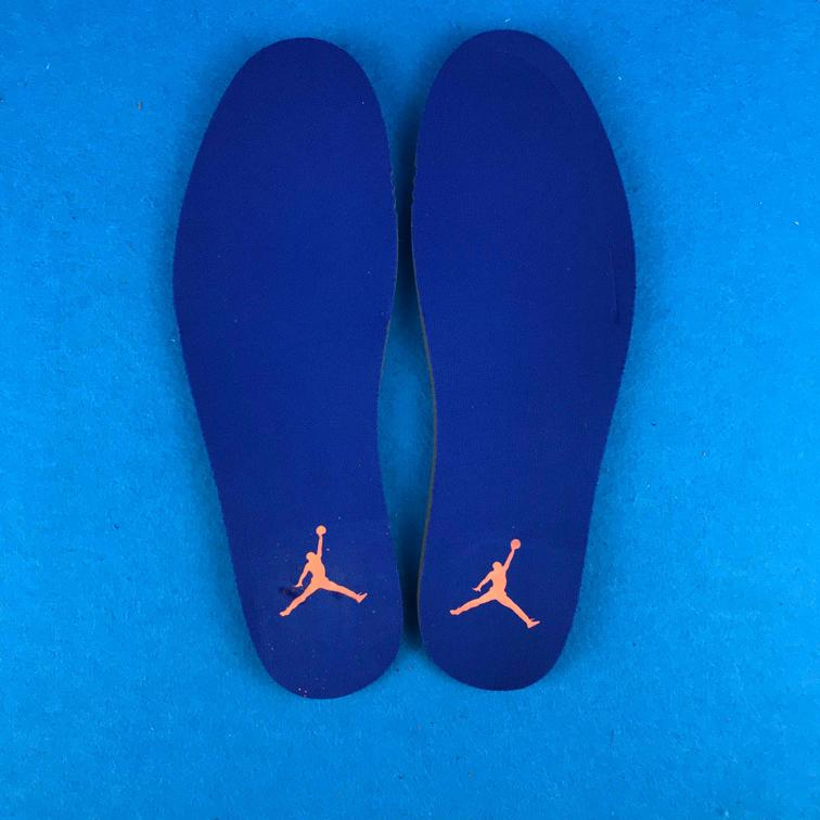 Air Jordan 3 Retro Knicks 12