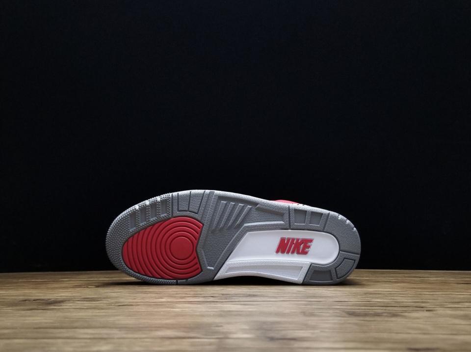 Air Jordan 3 Retro SE Unite 2