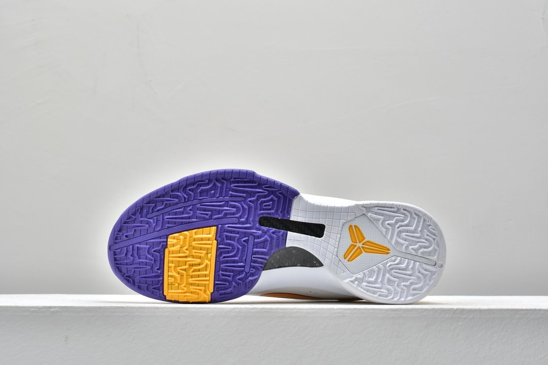 Nike Zoom Kobe 5 Lakers 4