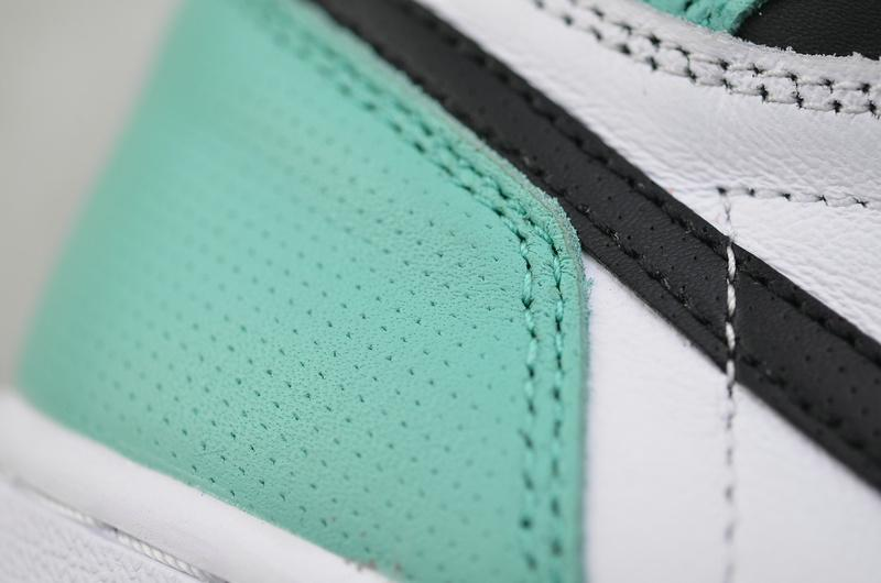 Wmns Air Jordan 1 Retro High Multi Color 11