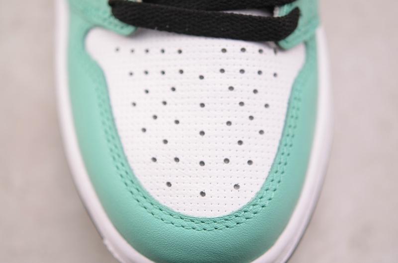 Wmns Air Jordan 1 Retro High Multi Color 13