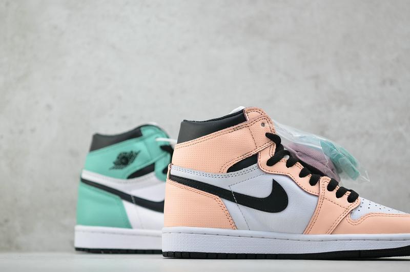 Wmns Air Jordan 1 Retro High Multi Color 5