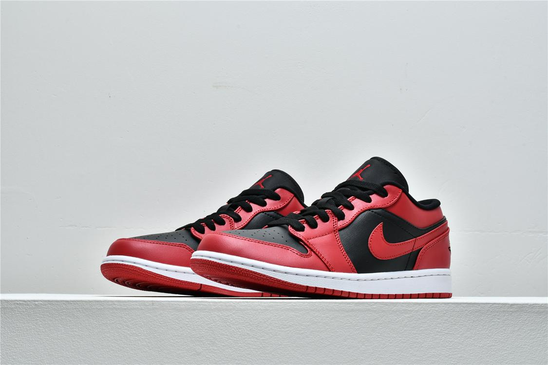 Air Jordan 1 Low Reverse Bred 5