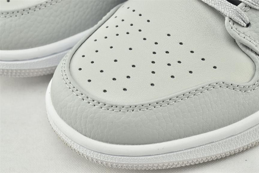 Air Jordan 1 Low White Camo 3