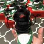 Air Jordan 1 Retro High OG TD Lucky Green 12