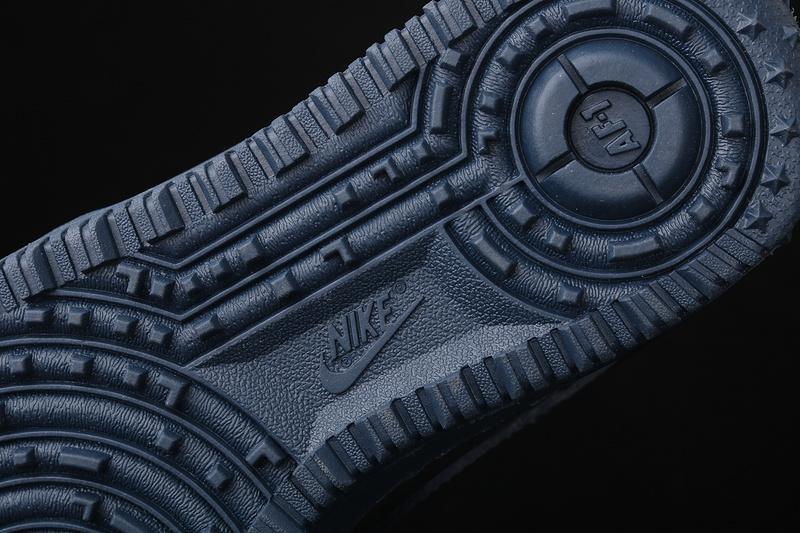 Gore Tex x Nike Air Force 1 Winter Black Bright Ceramic Thunder Blue 9