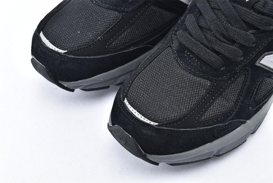 New Balance 990v4 Kith Black 3