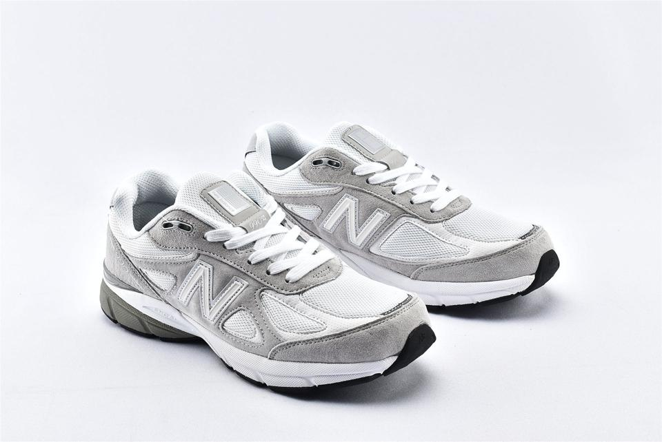 New Balance 990v4 Nimbus Cloud White 2