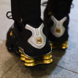 Neymar Jr. x Nike Shox TL Black Gold 1