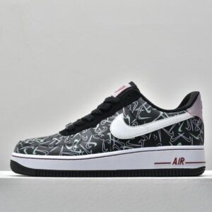 Wmns Nike Air Force 1 07 Low SE Valentines Day 1