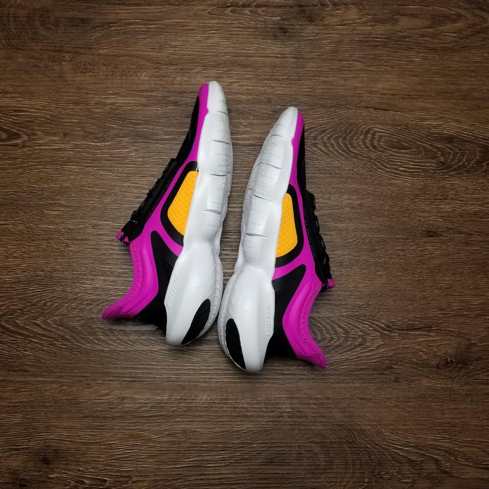 Wmns Nike Free RN 5.0 Shield Fire Pink 12