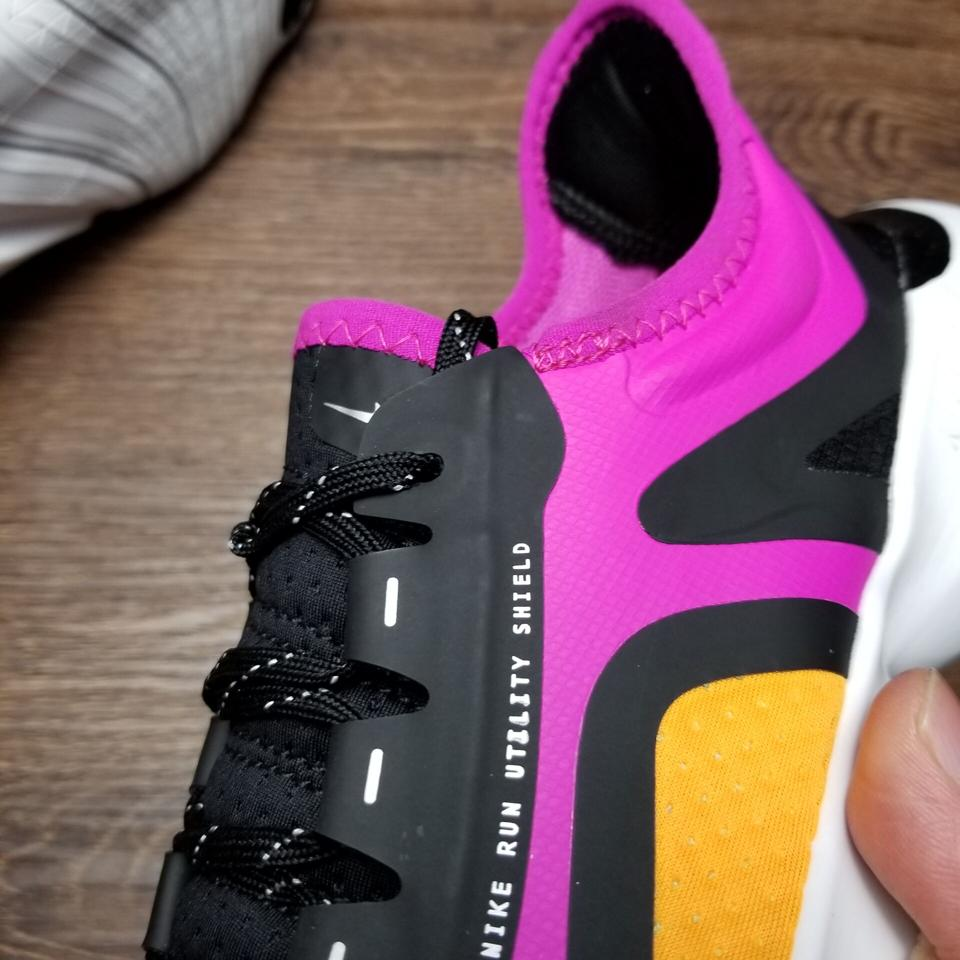 Wmns Nike Free RN 5.0 Shield Fire Pink 15