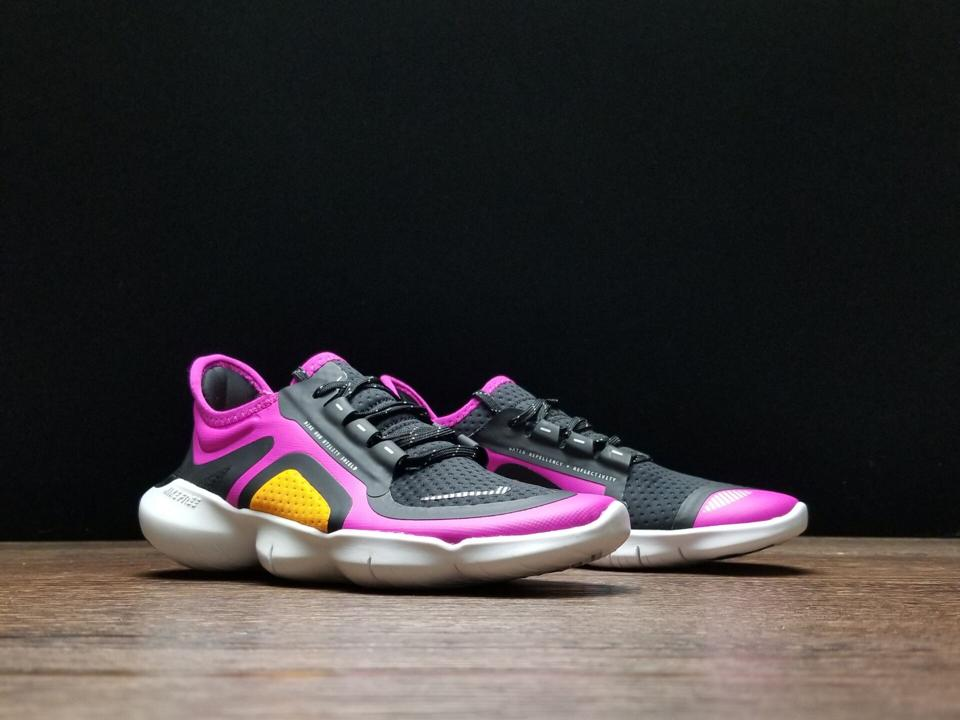 Wmns Nike Free RN 5.0 Shield Fire Pink 8