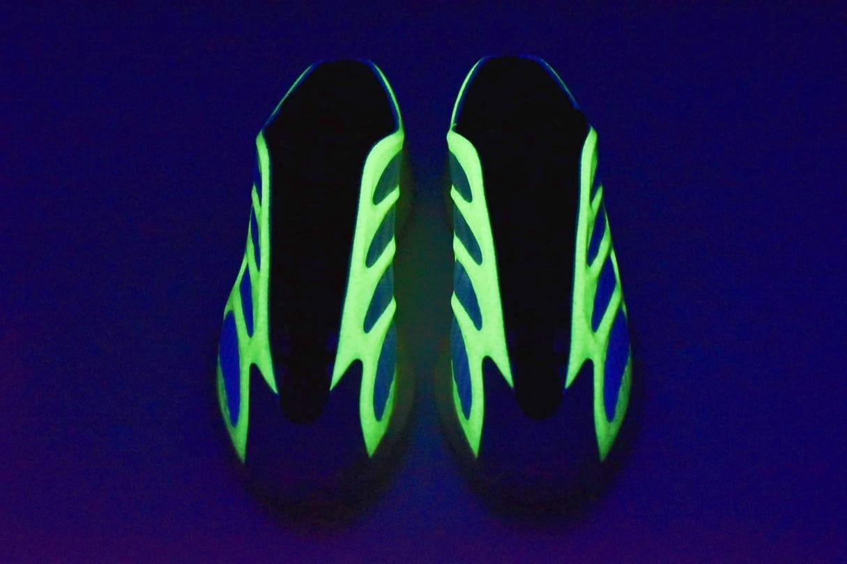 adidas Yeezy 700 V3 Arzareth 30