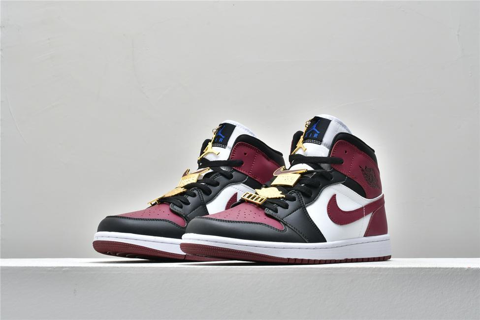 Wmns Air Jordan 1 Mid SE Gold Pendants 5
