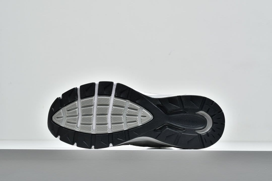 New Balance 990v5 Made In USA Grey 7