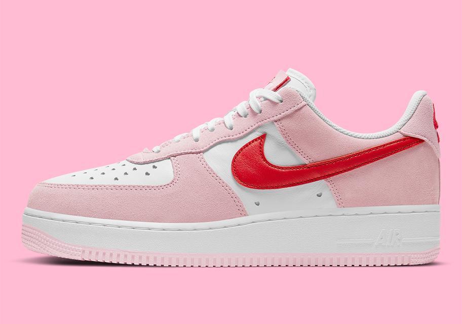 Nike Air Force 1 ko Dnyu svyatogo Valentina 2021 2