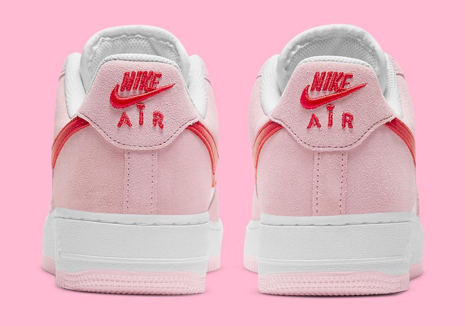 Nike Air Force 1 ko Dnyu svyatogo Valentina 2021 4