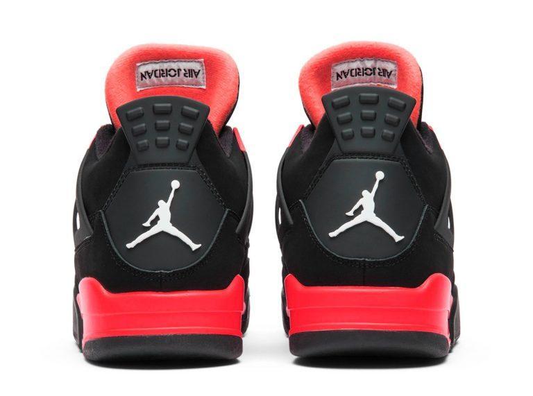 Air Jordan 4 Red Thunder vyjdut v oktyabre 4