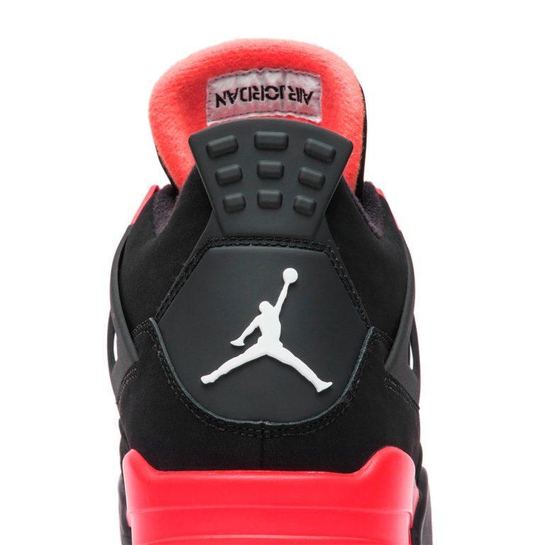Air Jordan 4 Red Thunder vyjdut v oktyabre 6