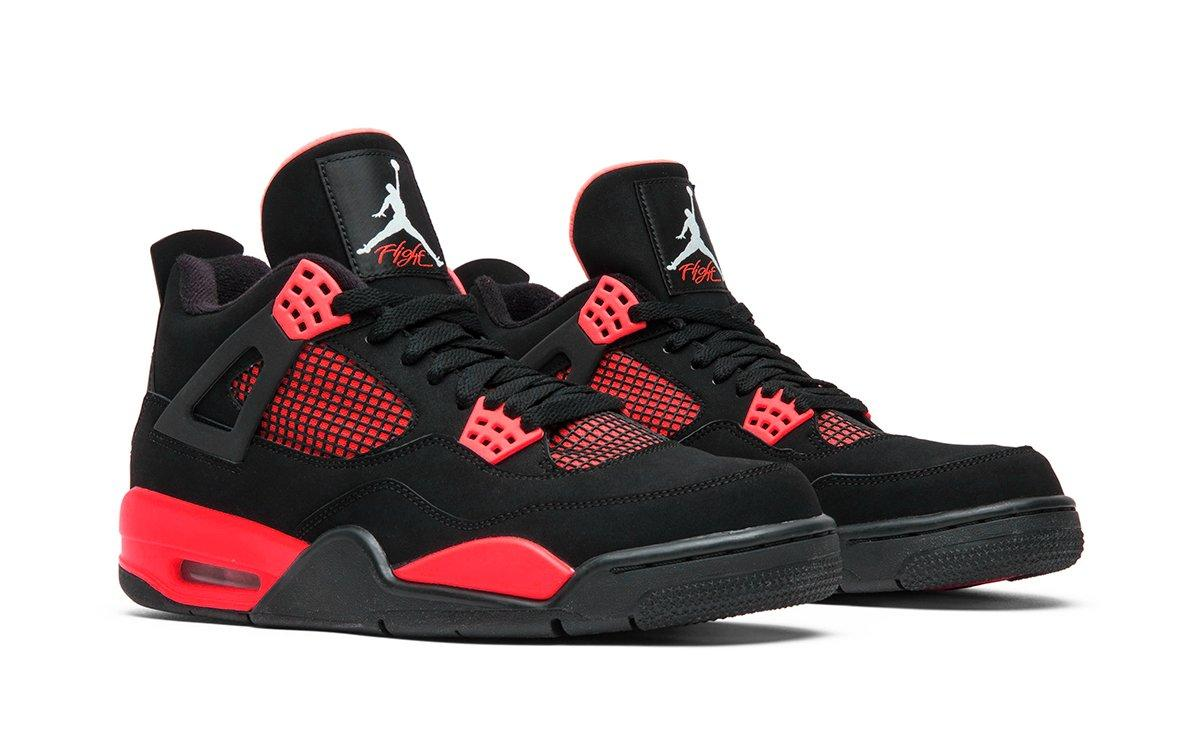 Air Jordan 4 Red Thunder vyjdut v oktyabre