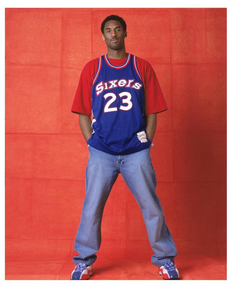 Legenda v kadre Kobi Brajant Glubokie korni Filadelfii 2002