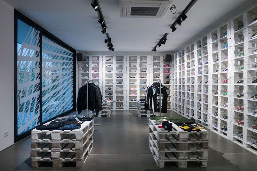 Magaziny krossovok v Berline kotorye stoit posetit KICKZ Premium Torstrasse