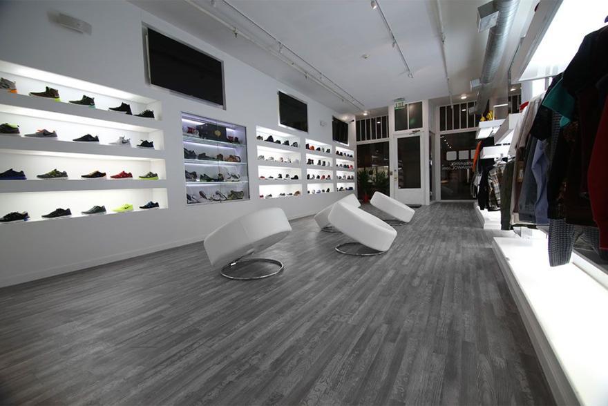 Magaziny krossovok v Bostone kotorye stoit posetit AWOL Boutique