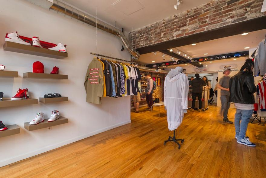 Magaziny krossovok v Bostone kotorye stoit posetit Laced Quality Garment Co.
