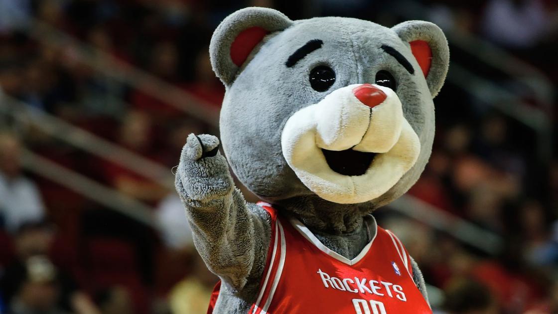 Zabavnye talismany komand NBA Houston Rockets i Clutch The Bear