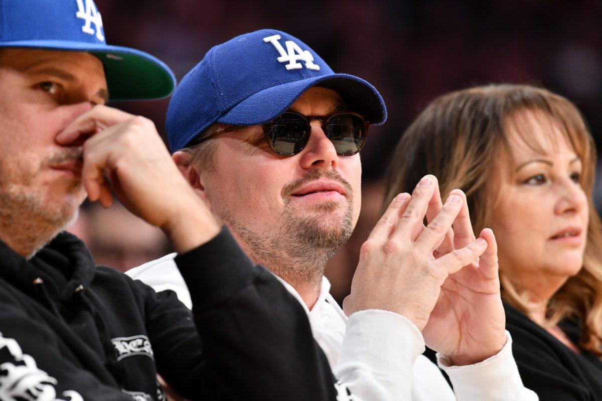 Zvezdnye fanaty basketbola Leo DiKaprio