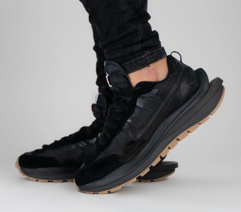 Kollektsiya sacai x Nike VaporWaffle vyjdet 27 aprelya 16