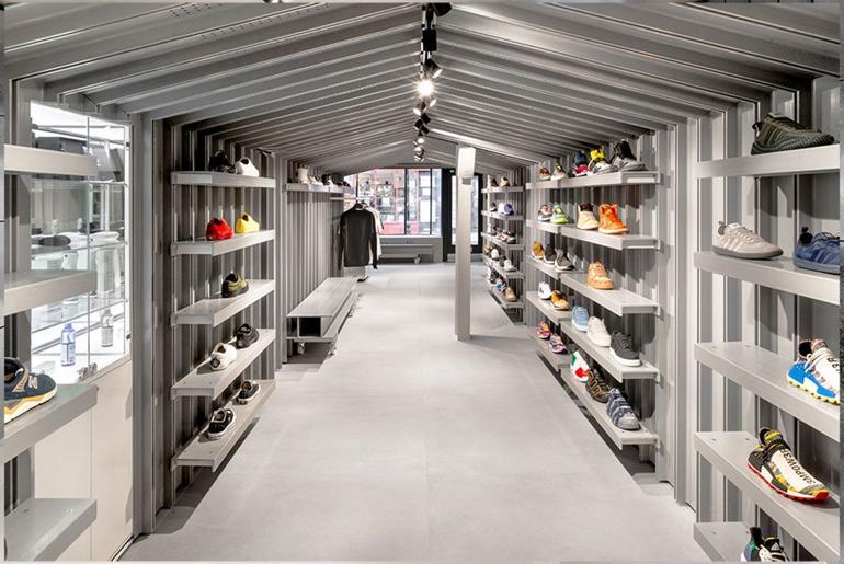 Magaziny krossovok v Londone kotorye stoit posetit Footpatrol Soho 1