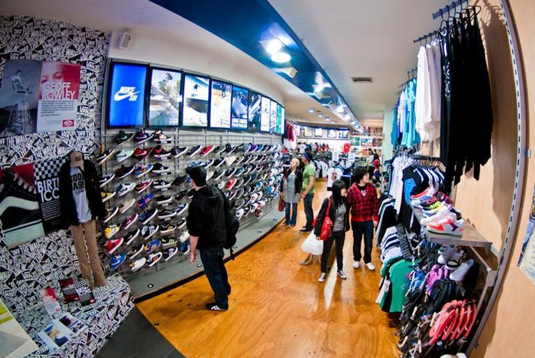 Magaziny krossovok v Melburne kotorye Vam stoit posetit Fast Times Skateboarding 121 Swanston Street
