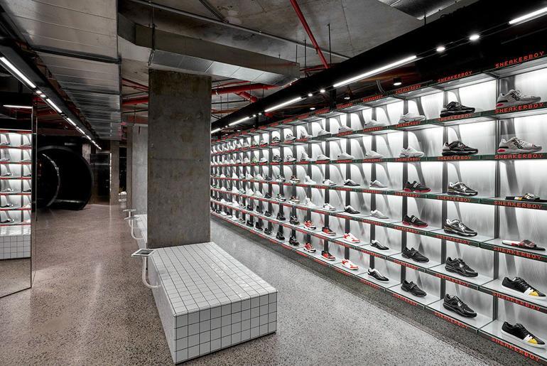 Magaziny krossovok v Melburne kotorye Vam stoit posetit Sneakerboy Flagship Store 256 Little Bourke Street 1