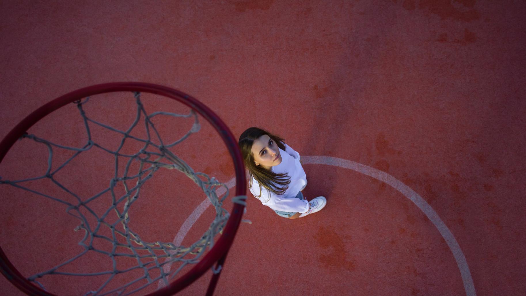 Netbol ili basketbol dlya zhenshhin